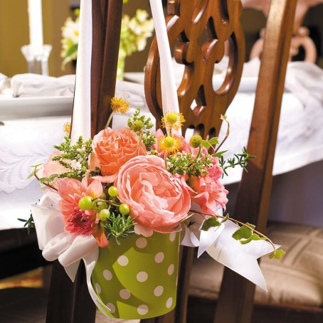 Wedding flowers in vases by cathyswraps double as reception flowers and party favors.
